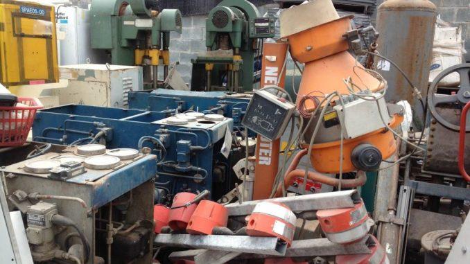 Có thể nhập khẩu máy móc, thiết bị đã qua sử dụng nhưng có điều kiện